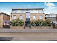 2 bedroom flat in Palace Court, 30 Palace Road, Bounds Green