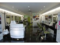 Fully Equipped Salon For Rent