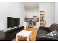 Excellent 1 bedroom 2nd floor flat with box room in the heart of Gorgie available NOW!