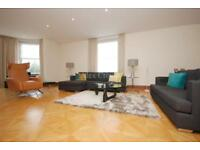 4 bedroom flat in Abbey Lodge, Park Road, St Johns Wood