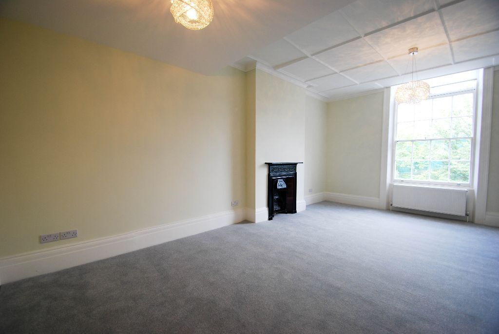 Huge one bedroom unfurnished flat in St Johns Wood NW8