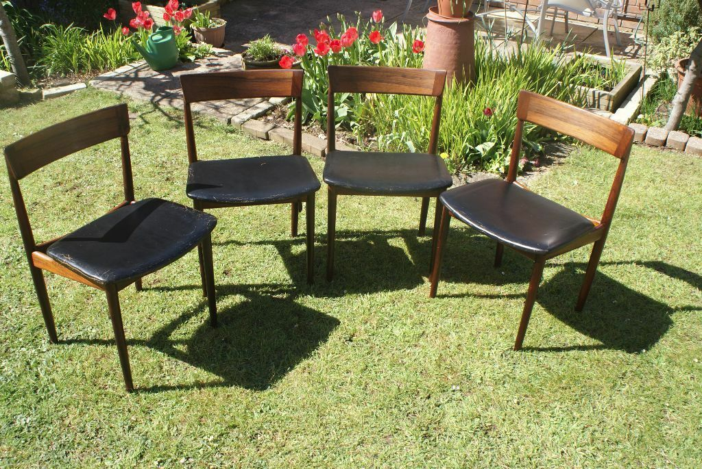 Set Of 4 Vintage Danish Rosewood Dining Chairs By Henry Rosengren Hansen For Brande Mobelfabrik 1962