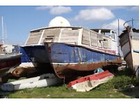 PROJECT HOUSE BOAT STEEL CATAMARN