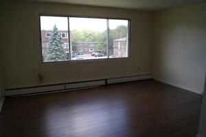 CLAYTON PARK'S BEST 1 BEDROOM AVAILABLE JULY 1ST