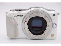 Panasonic Lumix GF5W inc lens & accessories