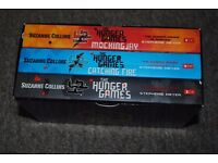 SUZANNE COLLINS- THE HUNGER GAMES all for £6
