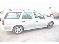 VAUXHALL VECTRA ESTATE SILVER LS 1.8 MANUAL