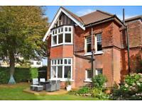 Large 2 bedroom ground floor garden flat, near Worthing Station £995pm