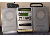Philips MC120/25 Micro Hi-Fi System with CD and radio with remote control