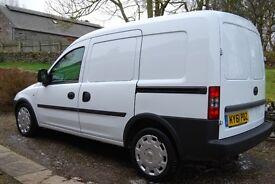 Stunning as new condtion 1.7 Vauxhall combo van 74k miles