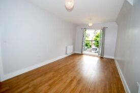 2nd Floor (with lif) 2 Double Bedroom Apartment with Underground Parking in Hanwell