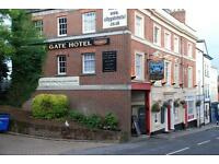 Bar Staff required for immediate start at Exeter City Centre Pub/Hotel