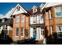 UNUSUALLY LARGE UNFURNISHED 2 DOUBLE BEDROOM GROUND FLOOR FLAT IN ALUM CHINE