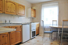 *AVAILABLE JULY* Spacious 2nd floor one bed flat, close to Marlybone