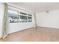 Superb 2 bedroom, unfurnished flat with excellent storage in Gracemount available immediately