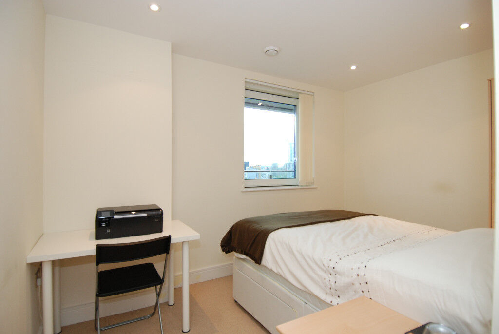 Amazing new built 3 bed apartment - 7 minutes walk to Kings Cross Station & Caledonian Road Station