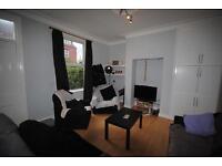 5 bedrooms in 29 Grimthorpe Terrace, Leeds, LS6 3JS