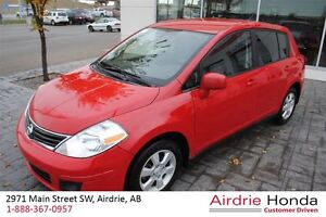 2012 Nissan Versa 1.6 SV *Local Trade-In, Winter Tires*