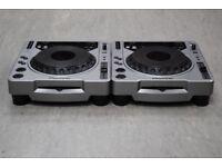 2x 800 Pioneer CDJ-800