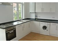 2 Bedroom flat with garden on Salterford, Tooting, SW17