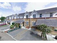 Beckton E16. Newly Redecorated Light & Modern 3 Bed Furnished House with Garden & Driveway