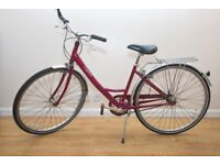LADIES RALEIGH CAPRICE VINTAGE BIKE VERY GOOD CONDITION, SERVICED, PUNCTURE PROOF TYRES AS NEW