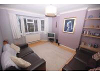 A well presented maisonette with private entrance and garden near Hounslow Station