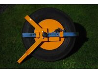 "Trailer wheel clamp for 10"" wheels"