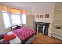 Double rooms available in professional house share
