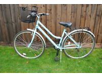 Ladies Raleigh 5th Avenue Activ Hybrid Trekking Bike + Extras Mint