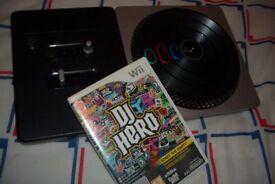 Nintendo Wii DJ Hero + Wireless Turntable