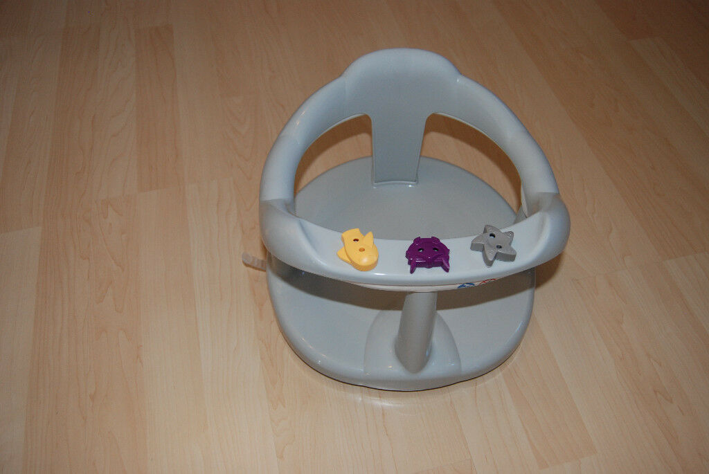 baby bath seat with attached spinning toys | in Aberdeen | Gumtree