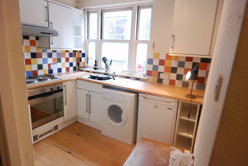 STUNNING 3 BED FLAT IN OLD STREET