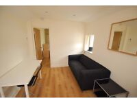 Modern 1 Bedroom Flat Available Now