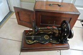Antique Singer Sewing Machine 12k Fiddle base Hand Crank. Serial numbers 4866578 & 1160778