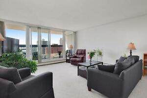 Bright 2 bedrooms Apartment with a balcony!