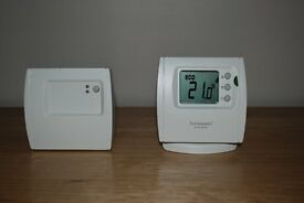 Honeywell homexpert THR842DUK wireless digital thermostat