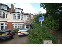 1 bedroom flat in Eversley Park Road, Winchmore Hill