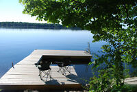 LAKEFRONT - Charming stone cottage near Westport, ON.