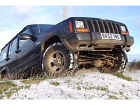 Jeep Cherokee 4 x 4 2.5TD Off-Road Raised Suspension Load-Carrier Low Mileage