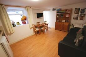 1 bedroom flat in Holloway Road, Archway