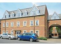 2 bedroom flat in Castle Mews, St Thomas Street, Oxford