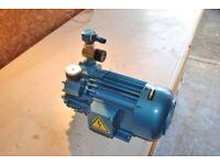 Vacuum pump with control valve -industrial grade pump , Becker 3.16