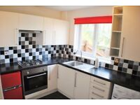 Spacious 2 bedroom ground floor flat in South Woodford