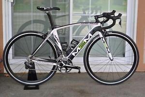 Vélo M2M Ultegra DI2 Carbon 52 cm neuf sauf cadre et groupo