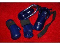 Taekwondo gloves and feet protectors for kids 8-10 years