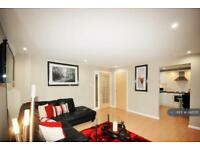 3 bedroom flat in Grandholm Crescent, Aberdeen, AB22 (3 bed)