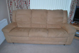 3 Piece Suite,2 manual recliners and a 3 Seater Settee.