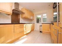 4 bedroom house in East End Road, Finchley Central