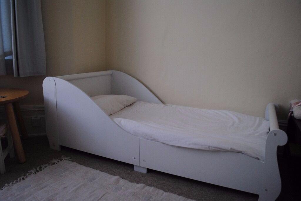 White Kidkraft Sleigh Toddler Bed Small Kid